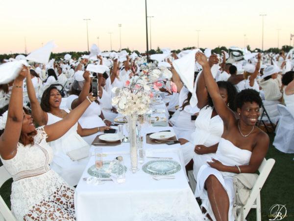 Diner en Blanc: Long Island